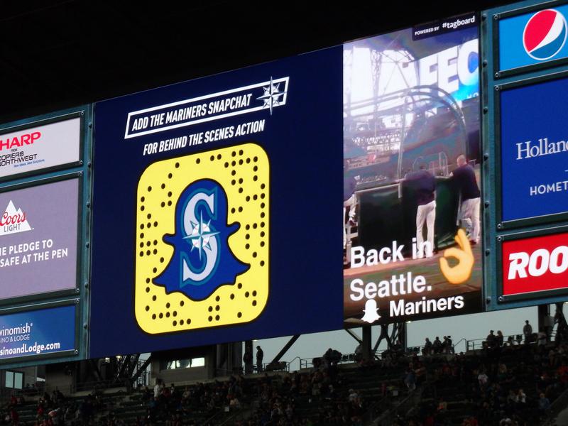 snapchat marketing billboard